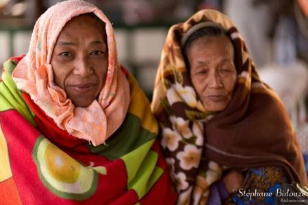 birmanes-femmes-bateau