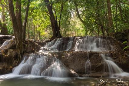 Huai-Mae-Khamin-waterfall