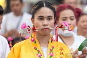 phuket-festival-vegetarien-percing-extreme