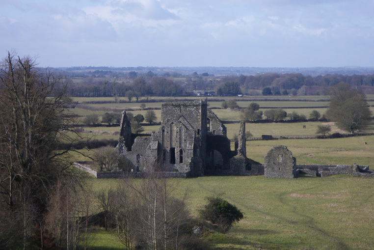Rock-of-cashel-4