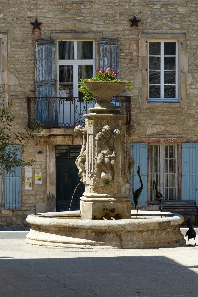 fontaine barjac