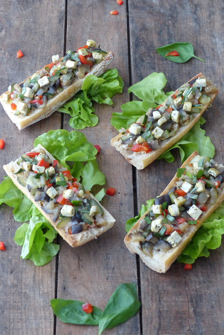 Bruschetta-aux-légumes-d'été--Vegan---1