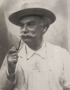Photo of Émile Zola.