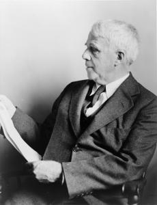 Photo of Robert Frost.