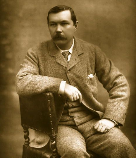Photo of Sir Arthur Conan Doyle.