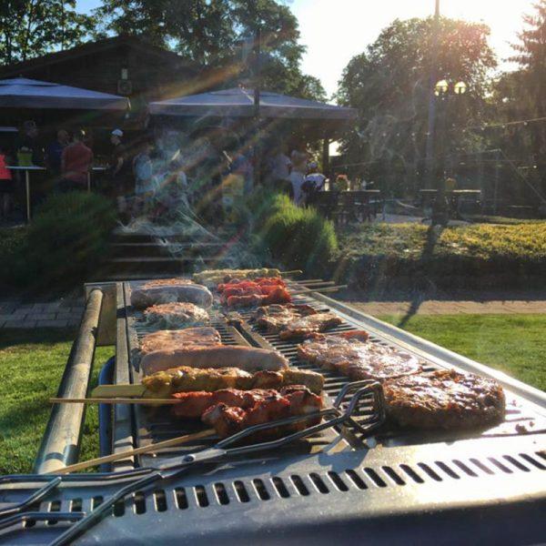 Barbecue met gas en gratis schoonmaak door Bielderman catering Deventer