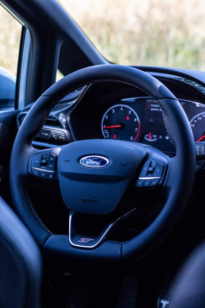 Nouvelle Ford Fiesta ST volant