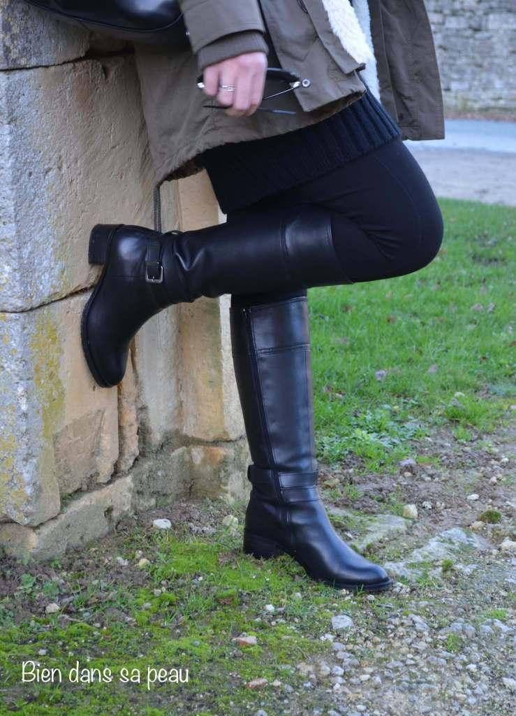 La-petite-robe-pull-noire-bien-dans-sa-peau-blog-14