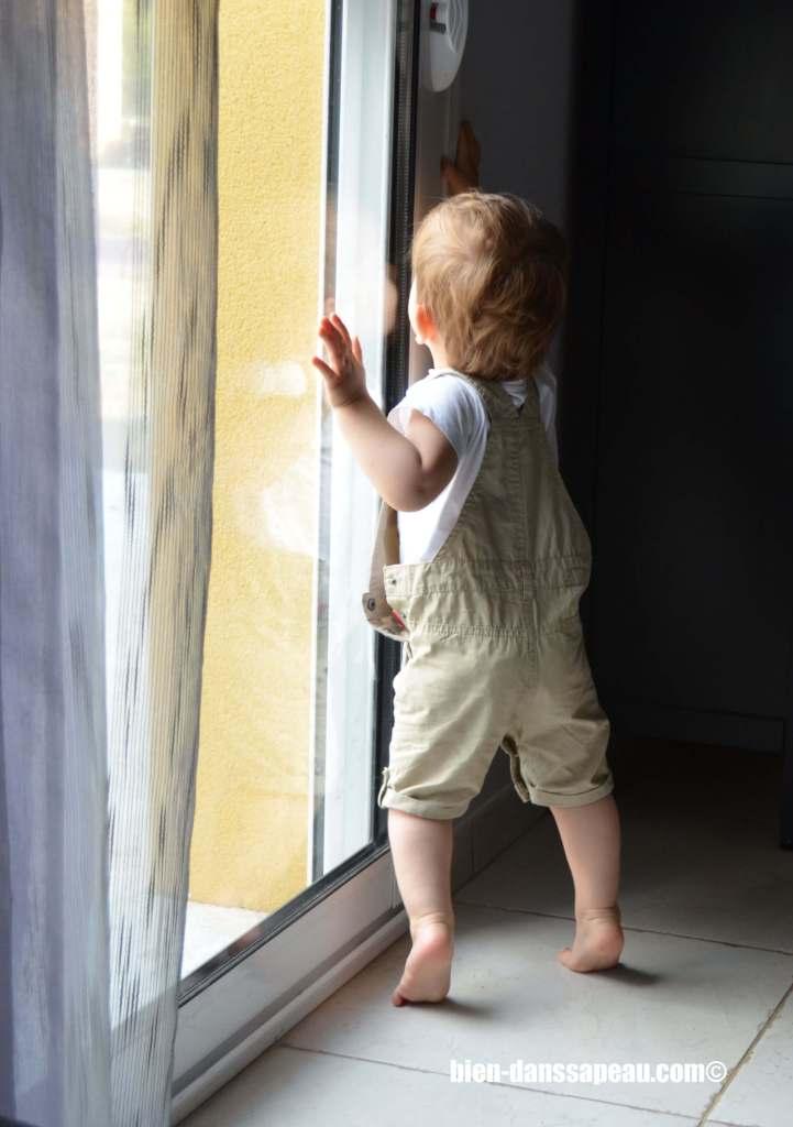 poutch-bebe-entre-12-et-16-mois