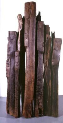 Paulo Neves 1986 S/ TÍTULO Escultura em Madeira 210 x 80 x 60 cm
