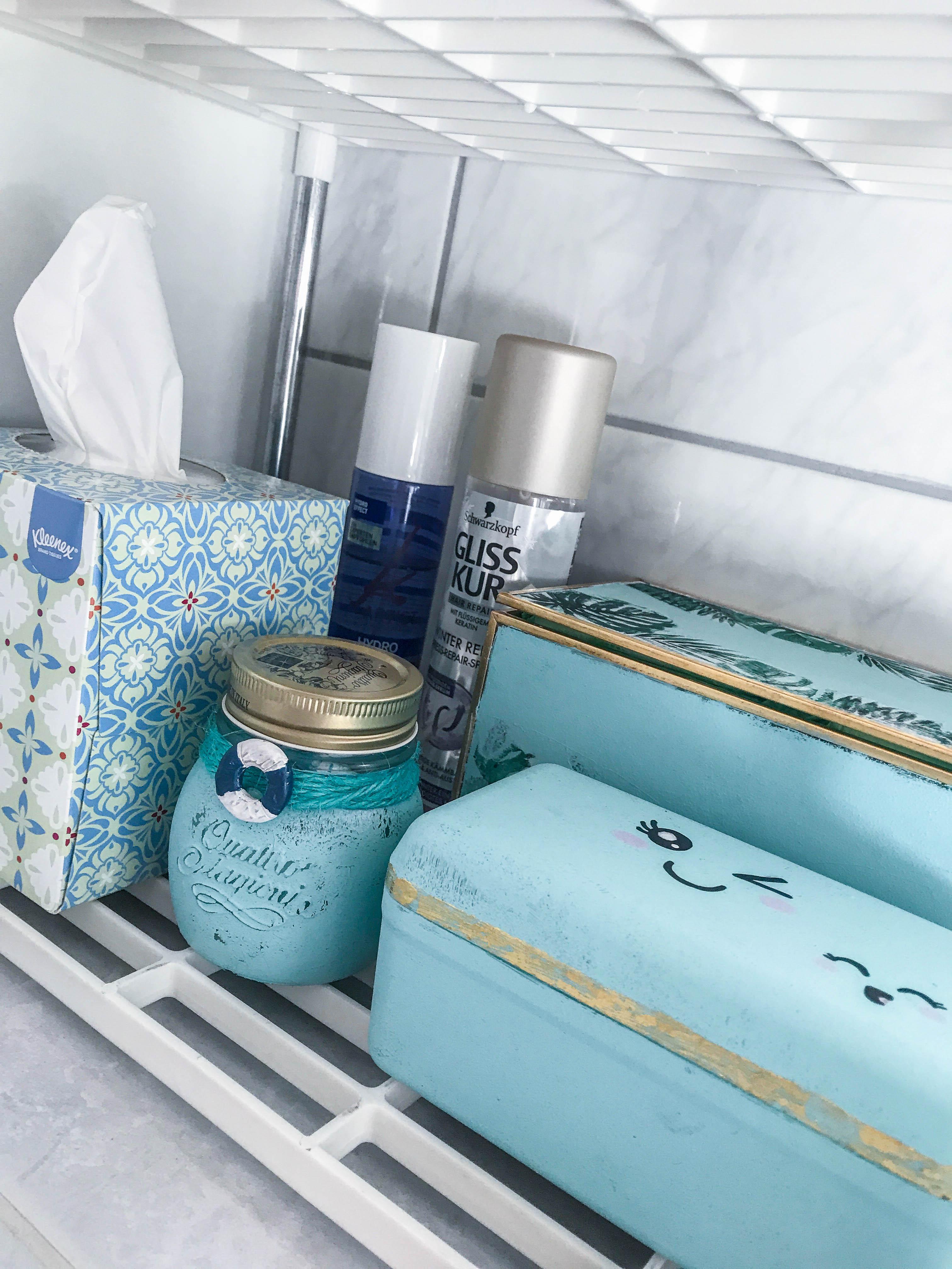 diy badezimmer aufbewahrung bienchen. Black Bedroom Furniture Sets. Home Design Ideas