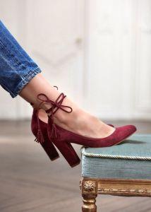 comment porter les escarpins à hauts talons
