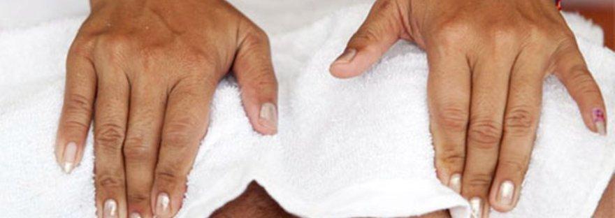 Masaje toallas calientes