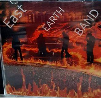 East Earth Band – Live in Praga