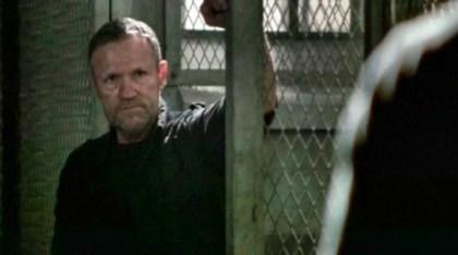 The-Walking-Dead-Season-3-Episode-13-Video-Preview-Arrow-on-the-Doorpost-01-2013-03-03