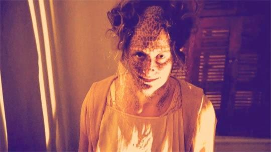 Avance American Horror Story_ Freak Show (4x08) Blood Bath - Grace Gummer (Penny The Candy Striper)