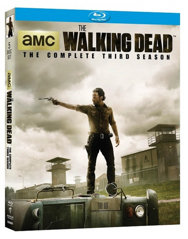 Walking-Dead-S3-BD-3d-600x765