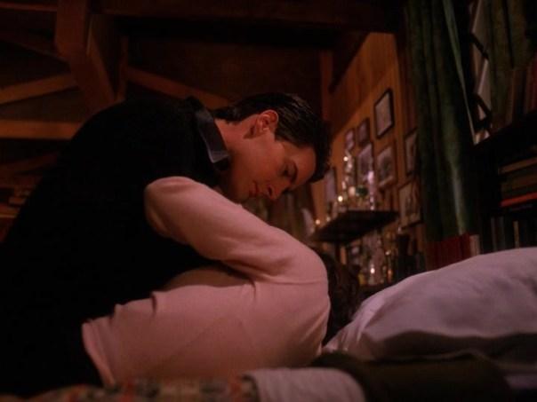 Twin-Peaks-Season-2-Episode-6-4-129f