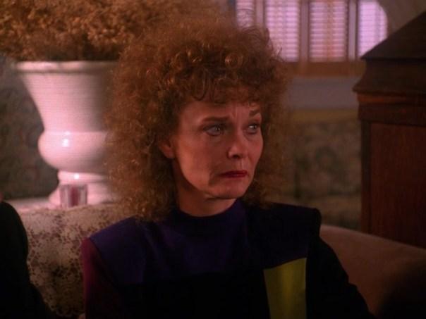 Twin-Peaks-Season-2-Episode-10-1-4b5e