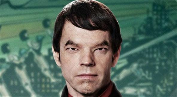 Hugo Weaving as Bordman Mephi, apparenly a Romulan trying to infiltrate future Korea!
