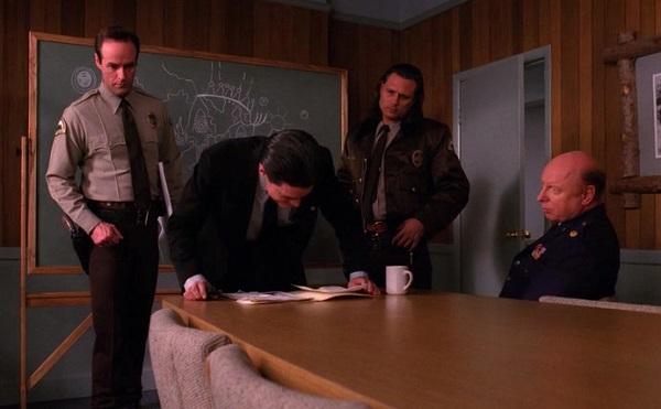 Twin-Peaks-Season-2-Episode-19-17-666d