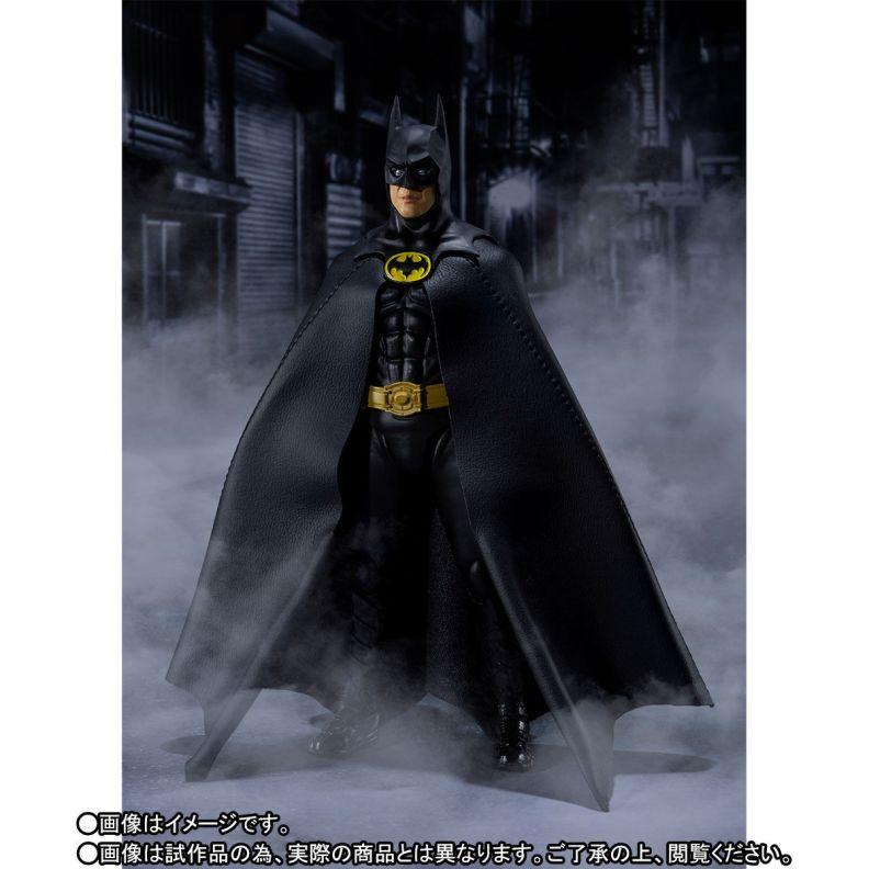 SH-Figuarts-1989-Batman-002.jpg