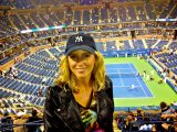 We love tennis groupies at the US open… 😉 and we love tennis of course! Here are 10 really great tips for your day at the US Open in Flushing Meadows: http://queens.about.com/od/usopen/tp/usopen_tips.htm