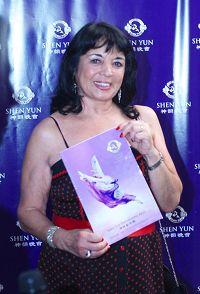 '阿根廷一家國家電視頻道主持人西爾維婭﹒加埃塔(SilviaGaeta)女士'