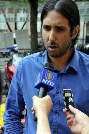記者無疆界組織亞太部負責人伊斯梅勒先生接受採訪