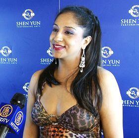 寶萊塢舞蹈家喬蒂第三次觀看神韻演出