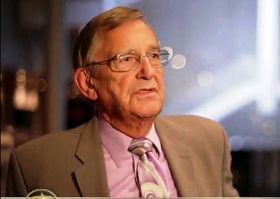 美國西雅圖地區著名的資深電視主播布萊恩•約翰遜