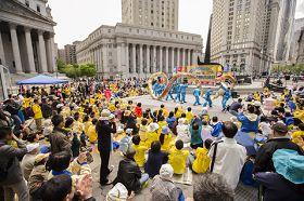 紐約曼哈頓富利廣場表演舞獅﹑舞龍
