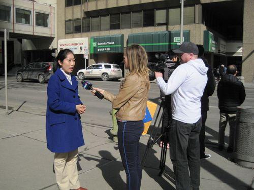 圖3:法輪功學員向媒體呼籲社會關注、緊急制止迫害