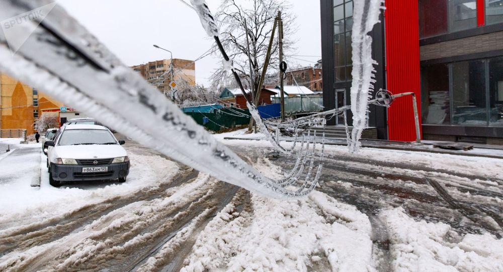 俄濱海邊疆區因惡劣天氣取消40多班次區域長途公交客運 - Sputnik 中國
