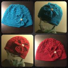 Hat with button flower
