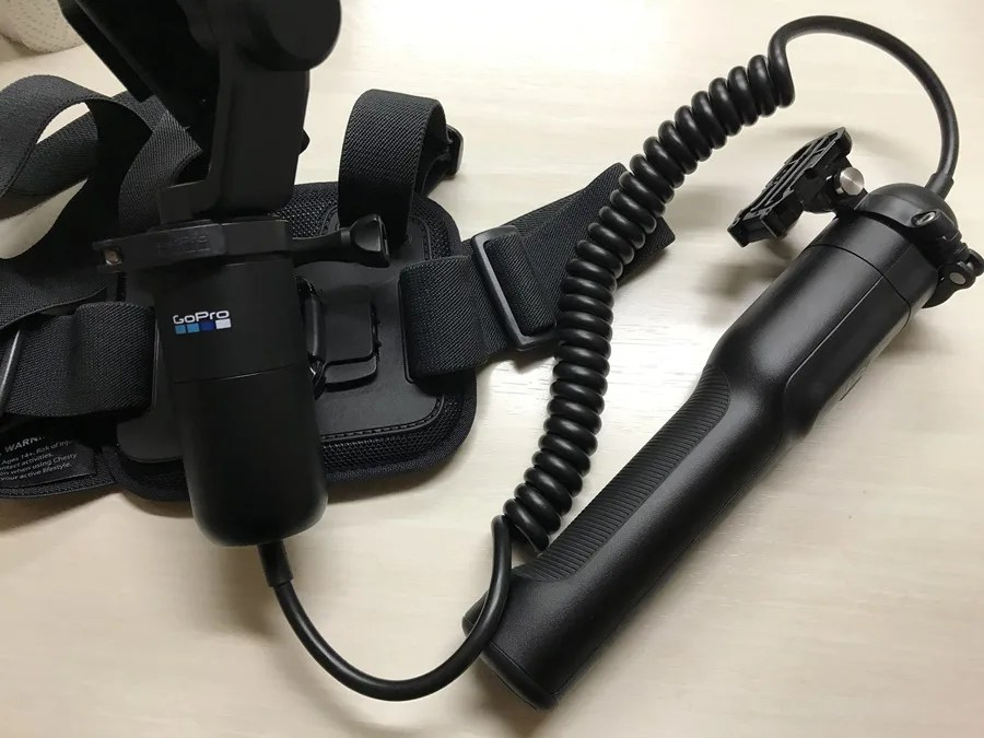 Karma Grip エクステンションケーブルを装着