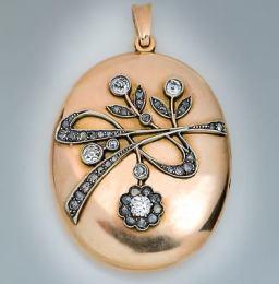 Medallón Art Nouveau de oro rojo de 14 k y diamantes. Rusia 1908