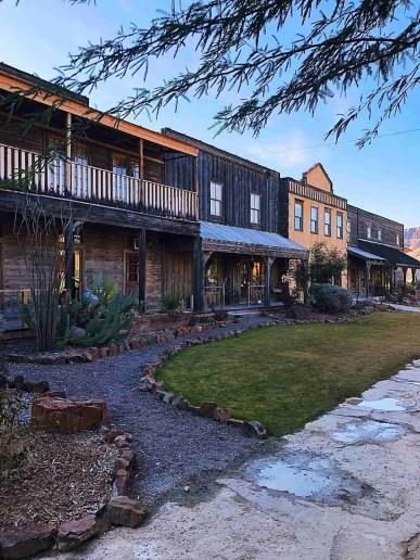 lodging at lajitas resort texas