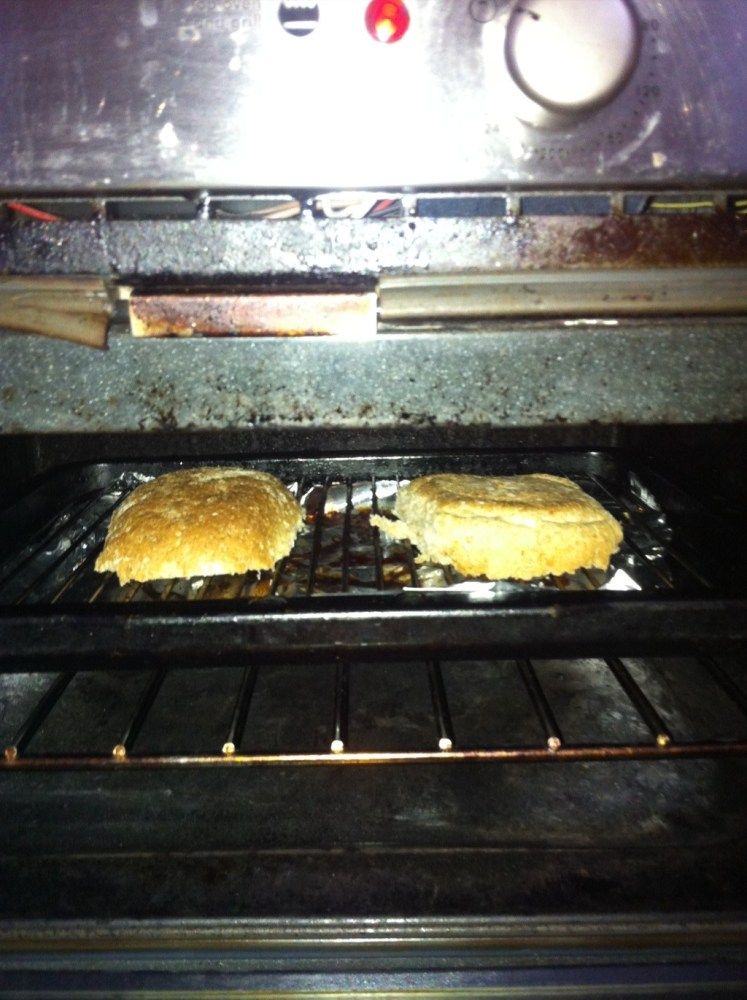 Lazy Brunch- eggy cheesy toast! (1/6)