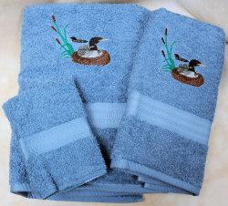 Medium Blue   Loon Towel Set
