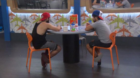 bb18-live-feeds-0915-6