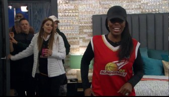 CBB-Live-Feeds-0616-Omarosa-HOH