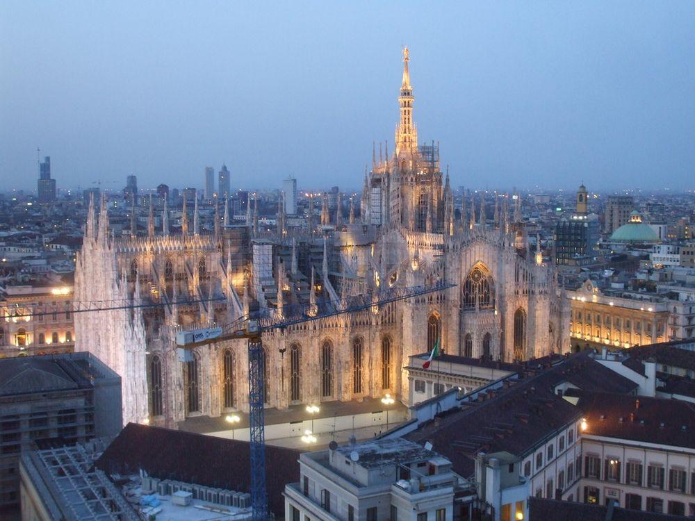 Милан – Италия