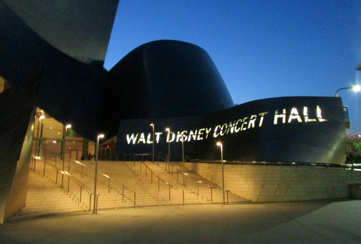 Los Angeles. Downtown. Walt Disney Concert Hall. Ii