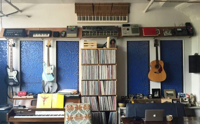 квартира любителя музыки