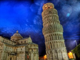 Leaning-Tower-of-Pisa-at-night