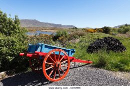 colourful-tumbrel-in-owenduff-corraun-peninsula-county-mayo-connacht-c01w85