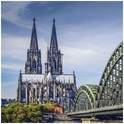 Gothic architecture (Cologne cathedral)