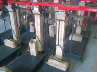What is the price of mechanical weighing scales in Uganda