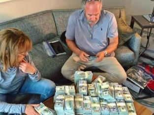WE CAN HELP SOLVE YOUR FINANCIAL PROBLEM WITH CASH